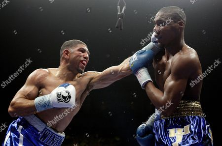 Winky Wright, Paul Williams Winky Wright, left, and Paul Williams spar during the third round of a middleweight boxing match in Las Vegas