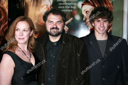 Elizabeth Perkins, Husband Julio Macat and son Max