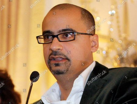 """Novelist Junot Diaz during a book presentation in New York. Diaz and Louise Erdrich are among the finalists for a literary prize chosen by the American Library Association, announced . Diaz's """"This Is How You Lose Her"""" and Erdrich's """"The Round House"""" are nominees for the Andrew Carnegie Medal for Excellence in Fiction"""
