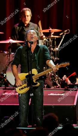 Bruce Springsteen Bruce Springsteen sings as he and the E Street Band play a benefit concert for the renovation of the Count Basie Theatre in Red Bank, N.J