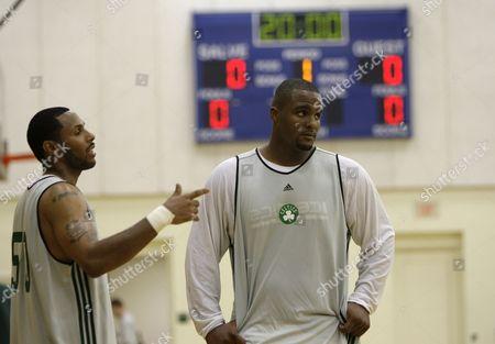 Glen Davis, Eddie House Boston Celtics' Glen Davis, right, and teammate Eddie House during a basketball training camp at Salve Regina University in Newport, R.I
