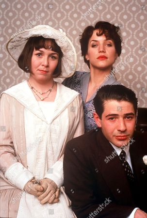 'Come Home Charlie and Face Them' - 1990 - Mossie Smith, Jennifer Calvert and Tom Radcliffe