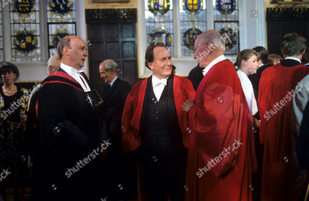 Alan David, Robert Hardy and John Gielgud in 'Inspector Morse' - 'Twilight of the Gods' - 1993