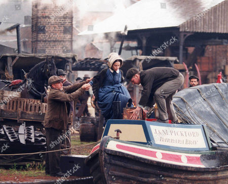 'Inspector Morse' - 1998 - A scene from 'The Wench is Dead'  Paul Mari as Rory Jack Oldfield and Juliet Cowan as Joanna Franks