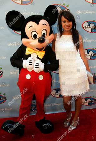 Jasmine Richards Jasmine Richards poses with Mickey Mouse at the Disney Channel Games in Lake Buena Vista, Fla