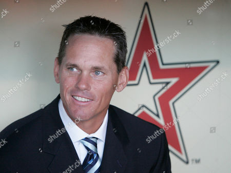 Craig Biggio Former Houston Astros baseball player Craig Biggio sitting in the dugout during his introduction at his number retirement ceremony in Houston. Steroid-tainted stars Barry Bonds, Roger Clemens and Sammy Sosa have been denied entry to baseball's Hall of Fame with voters failing to elect any candidates for only the second time in four decades. Biggio, 20th on the career list with 3,060 hits, topped the 37 candidates with 68.2 percent of the 569 ballots, 39 shy of the 75 percent needed