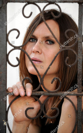 Juliana Hatfield Singer/songwriter Juliana Hatfield poses for a portrait in the Marina del Rey section of Los Angeles