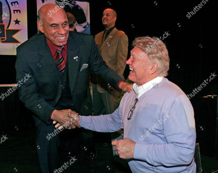 Willie O'Ree, Bobby Hull Willie O'Ree, left, the first black to play in the NHL, shakes hands with hockey great Bobby Hull after the NHL's Diversity Luncheon, in Atlanta. O'Ree broke the NHL's color barrier 50 years ago by playing with the Boston Bruins