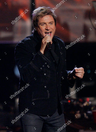 Simon Lebon Simon Lebon, of Duran Duran, performs at the American Music Awards in Los Angeles on
