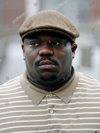 Stock Image of Beanie Sigel Rapper Beanie Sigel enters court in Philadelphia. Sigel is facing criminal charges for alleged tax fraud. Federal prosecutors in Philadelphia say the entertainer born Dwight Grant made $1.5 million from 2002 to 2004, but filed no tax returns. The tax charges come in a federal information filed