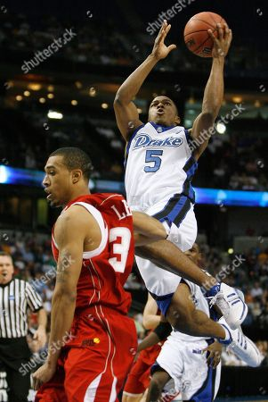 Courtney Lee, Leonard Houston Drake's Leonard Houston (5) drives into Western Kentucky's Courtney Lee during NCAA West Regional first-round tournament basketball game in Tampa, Fla
