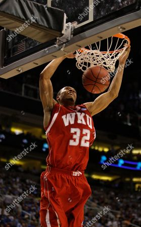 Courtney Lee Western Kentucky's Courtney Lee (32) dunks against UCLA during the second half of an NCAA men's basketball tournament West Regional semifinal, in Phoenix