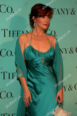Janine Turner Actress Janine Turner arrives at the Tiffany & Co. 2008 Blue Book Collection launch party at the American Museum of Natural History in New York