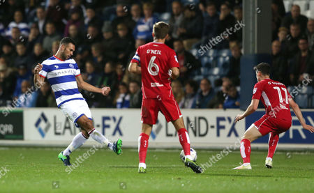 Steven Caulker of QPR passes during the Sky Bet Championship match between Queens Park Rangers and Bristol City played at Loftus Road, London on 18th October 2016