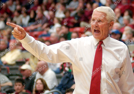 OLSON Arizona's coach Lute Olson yells to his team in the second half, at Beasley Coliseum in Pullman, Wash. Arizona won 57-56