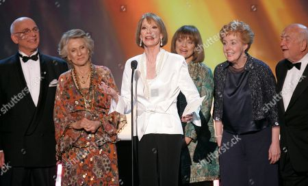 "Stock Photo of Mary Tyler Moore, Edward Asner, Georgia Engel, Valerie Harper, Cloris Leachman, Gavin MacLeod and GEORGIA ENGEL The cast of ""The Mary Tyler Moore Show,"" from left, Gavin MacLeod, Cloris Leachman, Mary Tyler Moore, Valerie Harper, Georgia Engel and Ed Asner, present the award for outstanding performance by an ensemble in a comedy series at the 13th Annual Screen Actors Guild Awards, in Los Angeles. The 82-year-old MacLeod's autobiography, ""This is Your Captain Speaking,"" will be released"