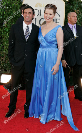 Geena Davis, Dr. Reza Jarrahy Geena Davis arrives with her husband Dr. Reza Jarrahy for the 64th Annual Golden Globe Awards, in Beverly Hills, Calif