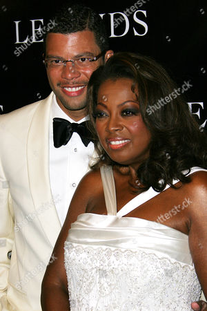 LEGENDS BALL JONES Star Jones and her husband, Al Reynolds, arrive at the Legends Ball, an award ceremony hosted by Oprah Winfrey honoring women who paved the way in arts, entertainment and civil rights, in Santa Barbara, Calif