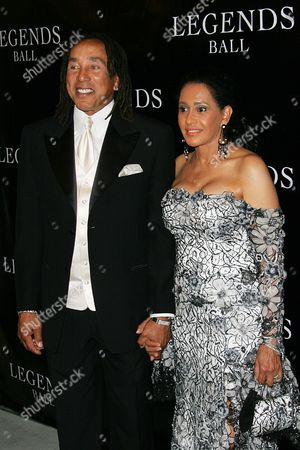 Smokey Robinson, Frances Gladney Singer Smokey Robinson and Frances Gladney arrive at the Legends Ball, an award ceremony hosted by Oprah Winfrey honoring women who paved the way in arts, entertainment and civil rights, in Santa Barbara, Calif