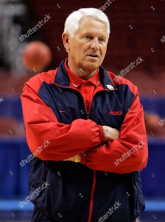 Lute olson Arizona coach Lute Olson watches during practice for their NCAA first round college basketball game, in Philadelphia. Arizona plays Wisconsin on Friday