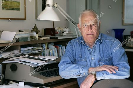 "Stock Image of Author James Salter at his home in Bridgehampton, N.Y. The prize-winning author acclaimed for his sophisticated, granular prose and sobering insights in ""Light Years,"" ''A Sport and a Pastime"" and other fiction, has died at age 90. Salter's death was confirmed, to The Associated Press by Alfred A. Knopf spokesman Paul Bogaards"