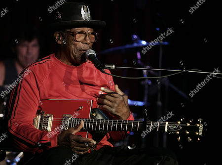 Bo Diddley Legendary musician Bo Diddley performs at B.B. Kings Blues Club in New York