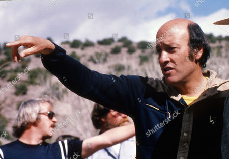 """RICHARD LESTER US born (migrated to Great Britain) film director Richard Lester, is pictured during filming """"Butch and Sundance: The early days"""", in the USA 1978"""