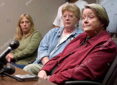 PENA DILLEY GREEN Elizabeth Pena, left, Mary Ellen Dilley, center, and Janet Green attend a news conference, in Houston. All three women lost a child to killers who will be affected by the U.S. Supreme Court ruling that it's unconstitutional to execute juvenile killers