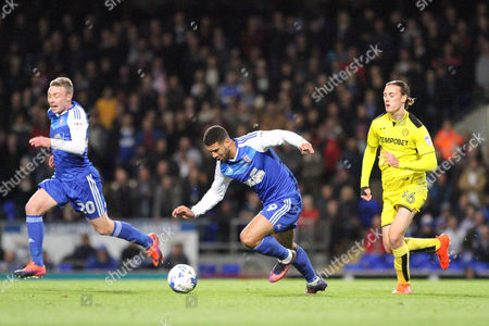 Leon Best of Ipswich Town runs with the ball during Ipswich Town vs Burton Albion, Sky Bet EFL Championship Football at Portman Road on 18th October 2016