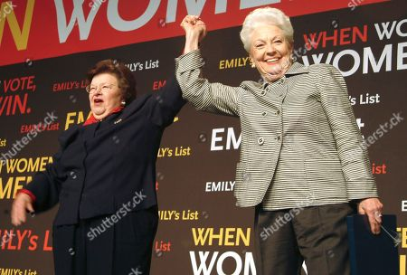 RICHARDS MIKULSKI Maryland Sen. Barbara Mikulski, left, joins hands with former Texas Gov. Ann Richards during an Emily's List event at the FleetCenter in Boston during the Democratic National Convention