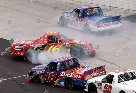 PARK Jack Sprague (16) spins out in front of Chad Chaffin (18) and Jon Wood (50) as Steve Park (62) passes high during the Kroger 200 Craftsman Series truck race at Martinsville Speedway in Martinsville, Va., . Park was penalized one lap for causing the wreck