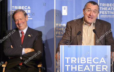 DE NIRO PATAKI Actor-director Robert De Niro, right, and New York Gov. George Pataki attend a news conference to announce the first annual Tribeca Theater Festival in New York, . The event, which will feature plays by writers such as Wendy Wasserstein and Paul Rudnick, runs from Tuesday Oct. 19 until Oct. 31, 2004
