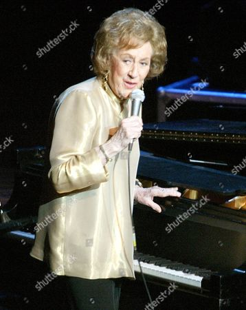 "Jazz pianist Marian McPartland speaks before her performance at the Jazz at Lincoln Center concert, ""Here's to the Ladies: a Celebration of Great Women in Jazz,"" in New York, . The benefit concert featured vocalists Diana Ross, Roberta Flack, Dame Cleo Laine and Dee Dee Bridgewater and jazz pianist Marian McPartland to help celebrate the contributions of Billie Holiday, Sarah Vaughan, Ella Fitzgerald and other legendary women of jazz"