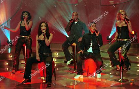Hear'Say on '70's Mania' - 2001 - Kym Marsh, Myleene Klass, Danny Foster, Noel Sullivan and Suzanne Shaw