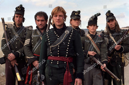 (L-R) Michael Mears , Daragh O' Malley , Sean Bean , Jason Salkey , Lyndon Davies and John Tams in 'Sharpe' - 1992