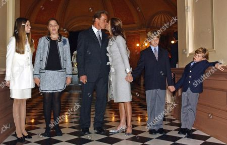 """Arnold Schwarzenegger, Maria Shriver, Katherin, Christina, Patrick and Christopher Schwarzenegger Taken, Arnold Schwarzenegger kisses his wife Maria Shriver just before taking the oath of office as California's 38th governor on the steps of the Capitol in Sacramento, Calif. Also seen are the Schwarzenegger children, from left, Katherine, Christina, Patrick and Christopher. In an interview with """"60 minutes"""" that is scheduled to air Sunday, Schwarzenegger says the affair he had with longtime housekeeper Mildred Baena, that led to a son, was """"the stupidest thing"""", he ever did to then-wife Maria Shriver"""