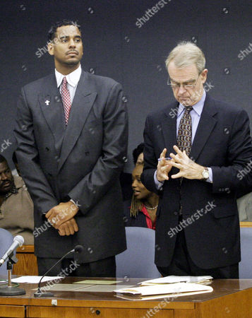 WILLIAMS HAYDEN Jayson Williams, left and his attorney Joseph Hayden Jr. stand as the jury enters the courtroom for readbacks during Williams' manslaughter trial at the Somerset County Courthouse in Somerville, N.J., . Jurors began Friday, their fourth day of deliberations, by hearing readbacks from three prosecution witnesses