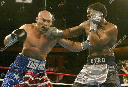 BYRD OQUENDO International Boxing Federation heavyweight champion Chris Byrd hits Fres Oquendo with a right in the fifth round during an IBF heavyweight championship fight at Mohegan Sun Arena, in Uncasville, Conn. Byrd won the fight and retained his title by a unanimous decision
