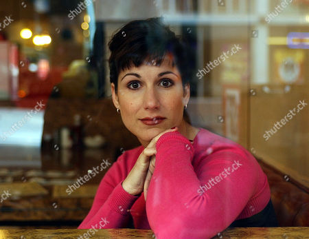 """BLOCK Actress Stephanie Block poses for a portrait in downtown San Francisco on . Block, 30, will starring as Liza Minnelli in the Broadway-bound production, """"The Boy from Oz,"""" a musical biography of the late songwriter Peter Allen opening in New York Oct. 16"""