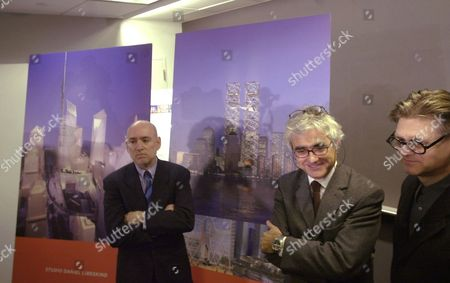 SCHWARTZ VINOLY SMITH Frederic Schwartz, left, Rafael Vinoly, center, and Ken Smith pose in front of their design, background right, that was picked as a finalist in the selection of a design to rebuild the World Trade Center, in New York