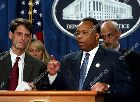 CHERTOFF Deputy Attorney General Larry Thompson, center, and other officials hold a news conference at the Justice Department in Washington, to discuss Michael Kopper, a top Enron financial official, pleaded guilty to money laundering and wire fraud. Thompson heads the government team formed to weed out corporate misdeeds. From left to right are, Steve Cutler, SEC Chief Enforcement official, Alice Fisher, of the Justice Department Criminal Division and Michael Chertoff, Assistant Attorney General in charge of the Criminal Division