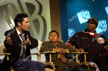 """FELDMAN LEWIS HAMMER WB's """"The Surreal Life"""" cast members, from left, Corey Feldman, Emmanuel Lewis and MC Hammer address the, at the Renaissance Hotel in Los Angeles"""