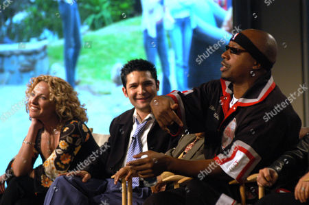 "HAMMER MANTHEY FELDMAN WB's ""The Surreal Life, "" castmembers MC Hammer, right, address the media while Jerri Manthey, left, and Corey Feldman listens at the Renaissance Hotel, in Los Angeles"