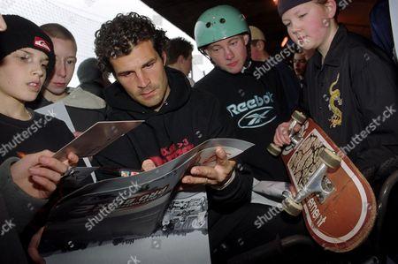 Matt Hoffman signing autograph - 2002