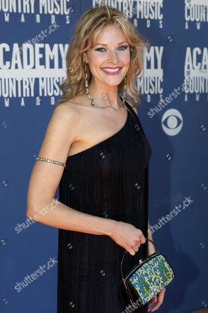 COOK Country singer Elizabeth Cook arrives at the 37th Annual Academy of Country Music Awards, in Los Angeles