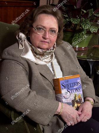 """AUEL Novelist, Jean Auel, holds her latest book, """"The Shelters of Stone"""", in her hometown, Portland, Ore"""