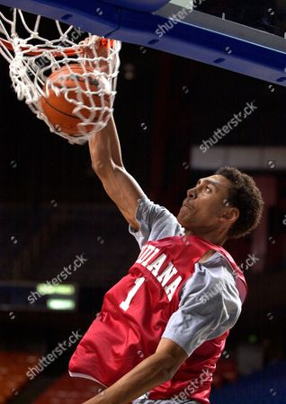 JEFFRIES Indiana's Jared Jeffries dunks during practice at Rupp Arena in Lexington, Ky., . Indiana will play Duke in an NCAA South Regional semifinal game Thursday