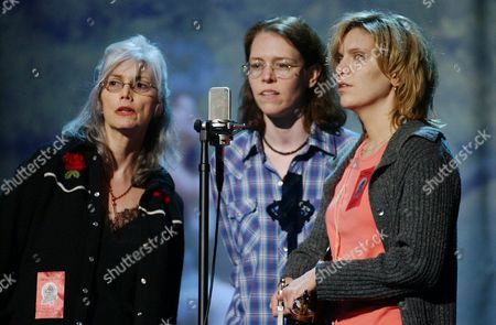 """HARRIS WELCH KRAUSS Emmylou Harris, left, Gillian Welch, center, and Alison Krauss rehearse music from the movie """"O, Brother, Where Art Thou,"""" for their performance at the 44th Grammy Awards, in Los Angeles"""
