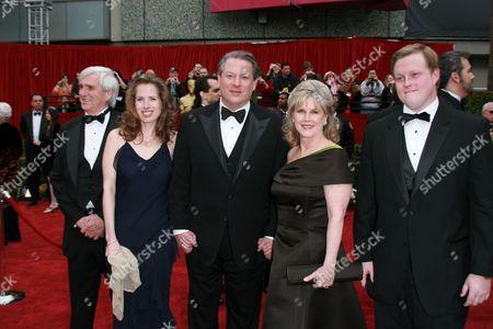 Al Gore, Tipper Gore and family