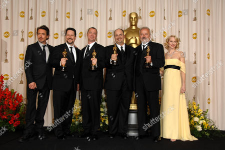 John Knoll, Hal Hickel, Charles Gibson, Allen Hall for visual effects with Naomi Watts (L) and Robert Downey Jnr (R)